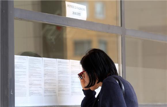 Pad nezaposlenosti u prosincu na mjesečnoj razini odstupa od trenda