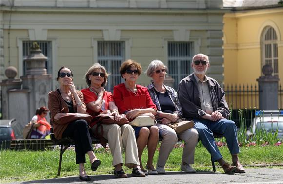 Njemaki umirovljenici rade zbog kontakta, a ne zbog novca